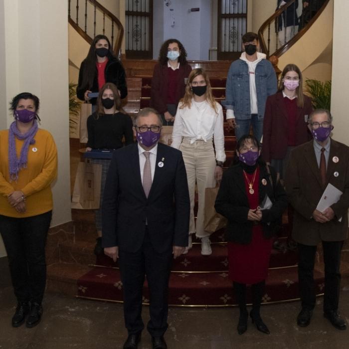 La Diputació convida a la joventut de la província a participar en el Concurs de Microrelats amb motiu del Dia Internacional contra la Violència de Gènere